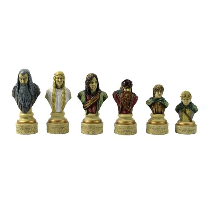 Veronese Lord of The Rings Figurine Chess Set